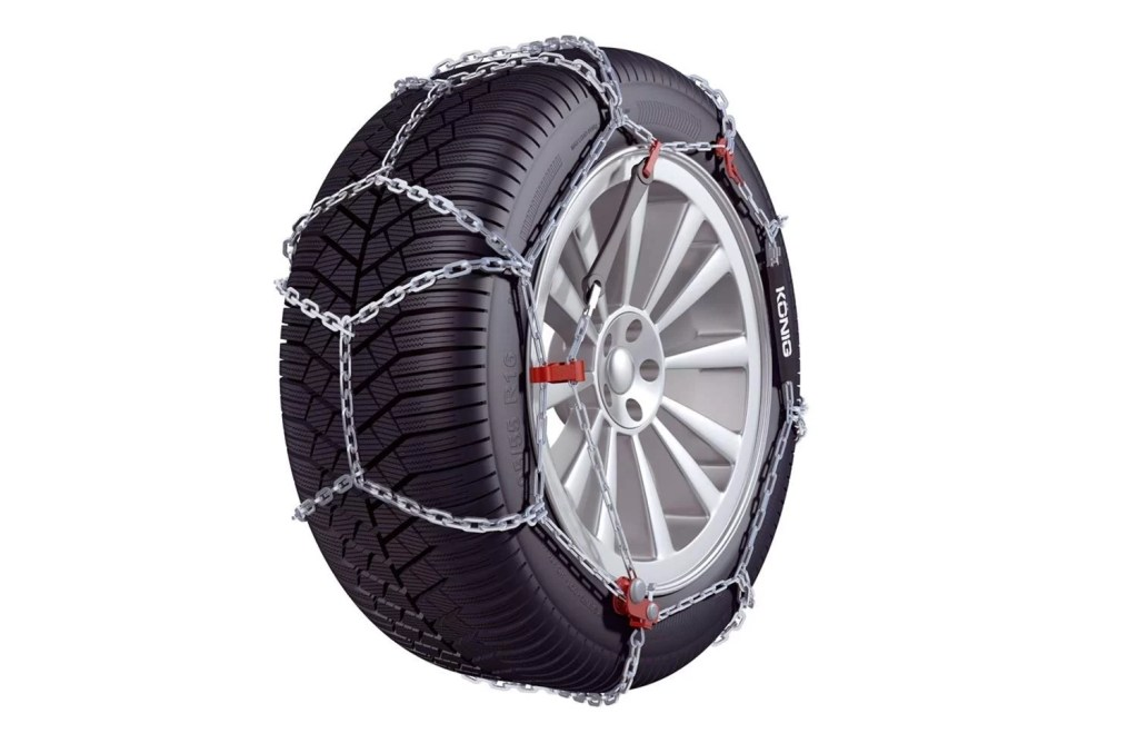 CB-12 Snow tire chains by Konig