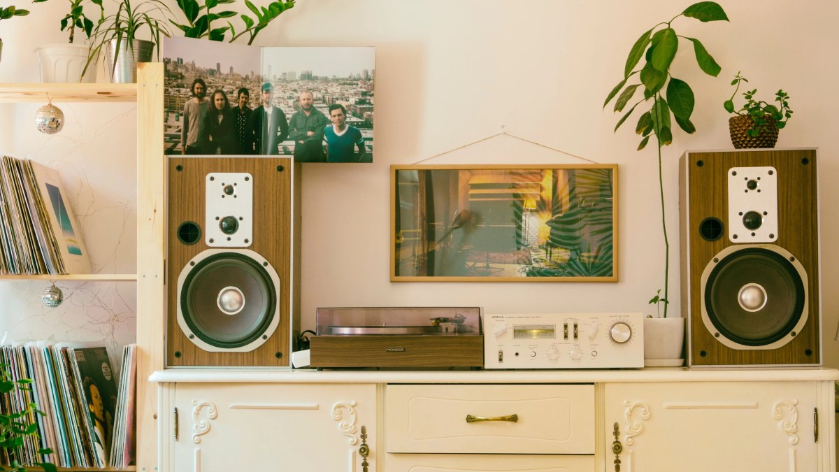 Best Bookshelf Speakers under $500 that you can buy