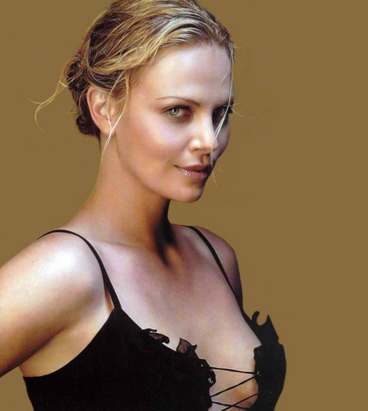 charlize theron hot pics