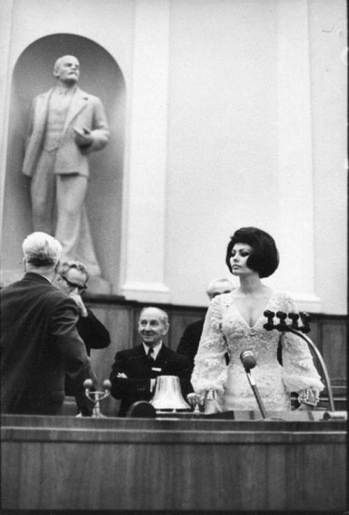Софи Лорен в Кремлевском дворце, 1965.