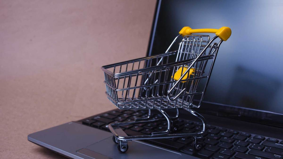 identifying the right market by topnotchdezigns - 13 Challenges of eCommerce and Ways to Address Them