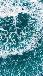 15 Turquoise iPhone Wallpapers for