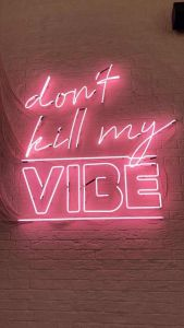 iPhone and Android Wallpapers: Pink Neon