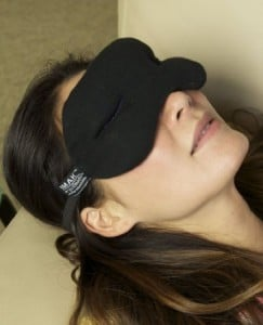 IMAK Compression Pain Relief Mask and Eye Pillow, Cold Therapy for Headache, Migraine, and Sinus Pain, Patented,...