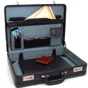 Alpinei Swiss Leather Briefcase