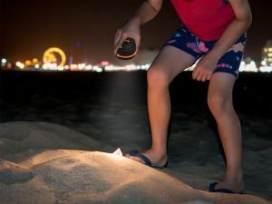 Camping Lantern TaoTronics Collapsible Flashlight Led Lantern light weight