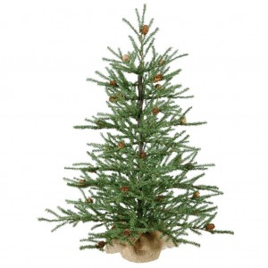 Vickerman Carmel Pine with Cones and 684 Tips Burlap Base, 30-Inch