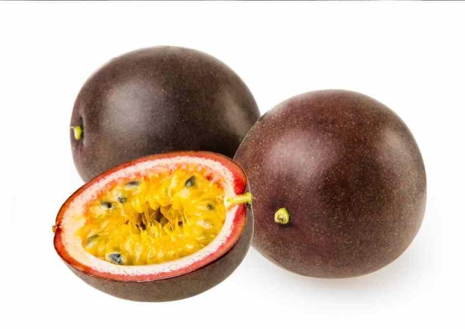 Passiflora passion fruit çarkıfelek meyvesi