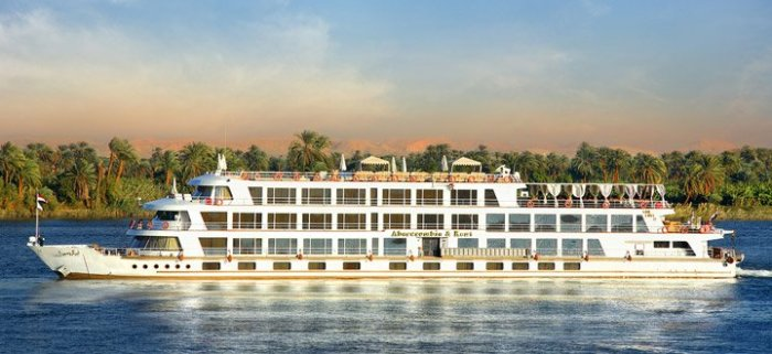 sunboat-IV_egypt_3