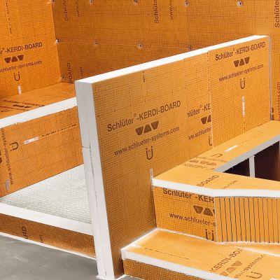 Een uitgebreid gamma Kerdi Board te koop bij Top Tegel 04 in Geluveld