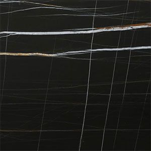 marmer tegels in sahara noir natuursteen. Zwarte marmerimitaties zijn steeds populairder.