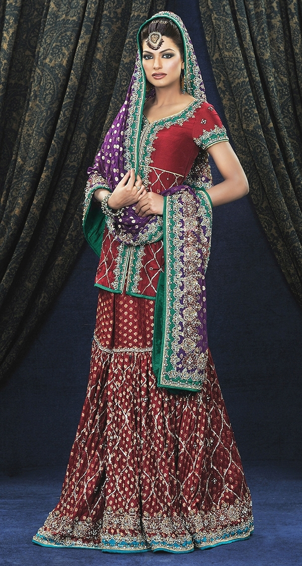 Gharara_Beautiful_Maroon_color_ Bridal with maroon color Gharara with a high heal look gorgeous