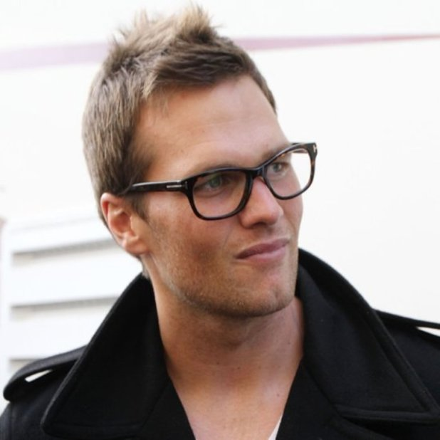 Hot-Athletes-Wearing-Glasses-Pictures