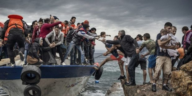 Photograph people and actions (2)photojournalism tips