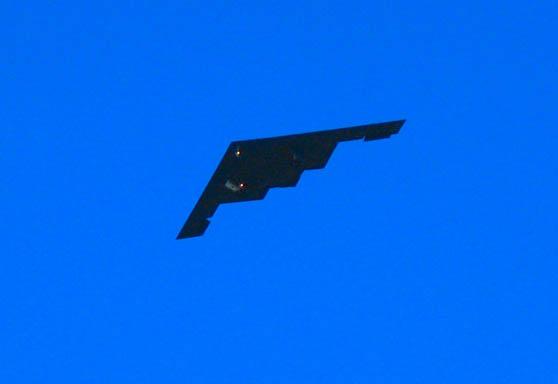 b2 bomber 01