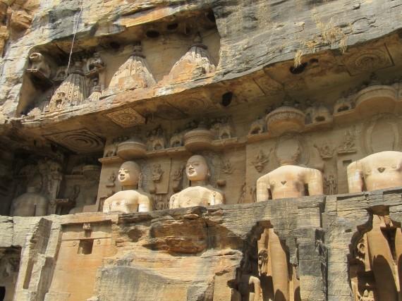 Jain-Tirthankar-Statue
