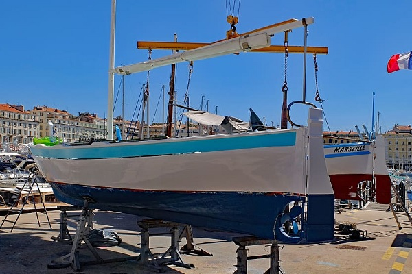Ten Things to Consider Before Painting Your Boat