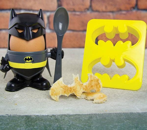 DC Comics Batman Egg Cup and Toast Cutter Set