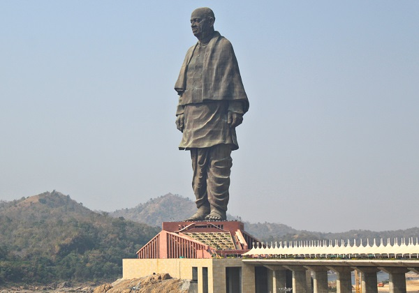 Statue of Unity, India - Height: 183m (600ft)
