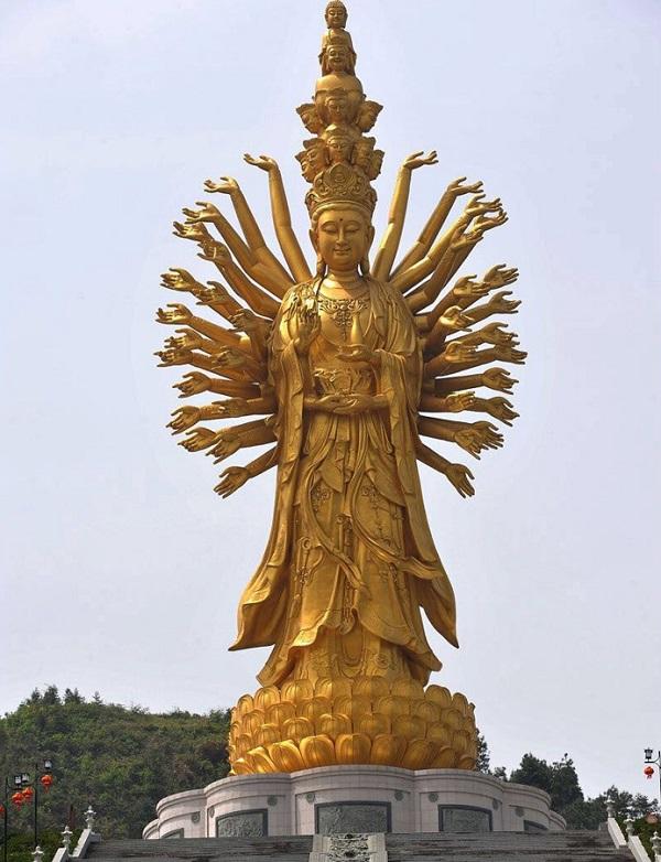 Guishan Guanyin, China - Height: 99m (325ft)