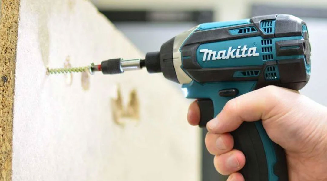 Toptopdeal-MAKITA-DTD152Z-THE-BEST-SELLING-IMPACT-DRIVER