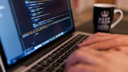 Web designers: To Code or Not to Code? - Web development