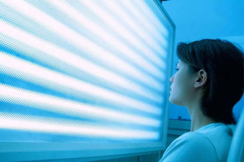 blue-light-acne-treatment-7