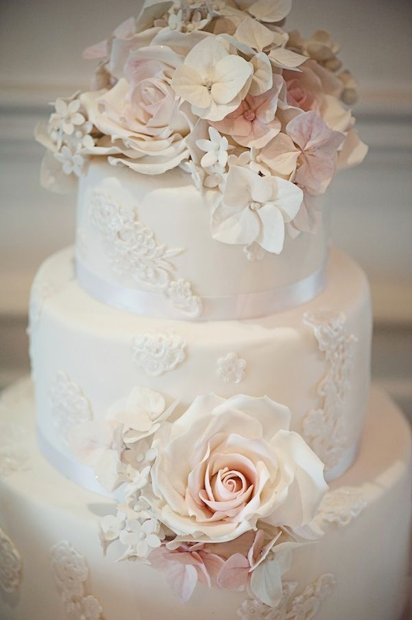 Our Favorite Vintage Wedding Cakes   You re Going To Love The     vintage wedding cakes