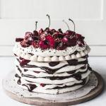 Chocolate & Cherry Meringue Cake 001