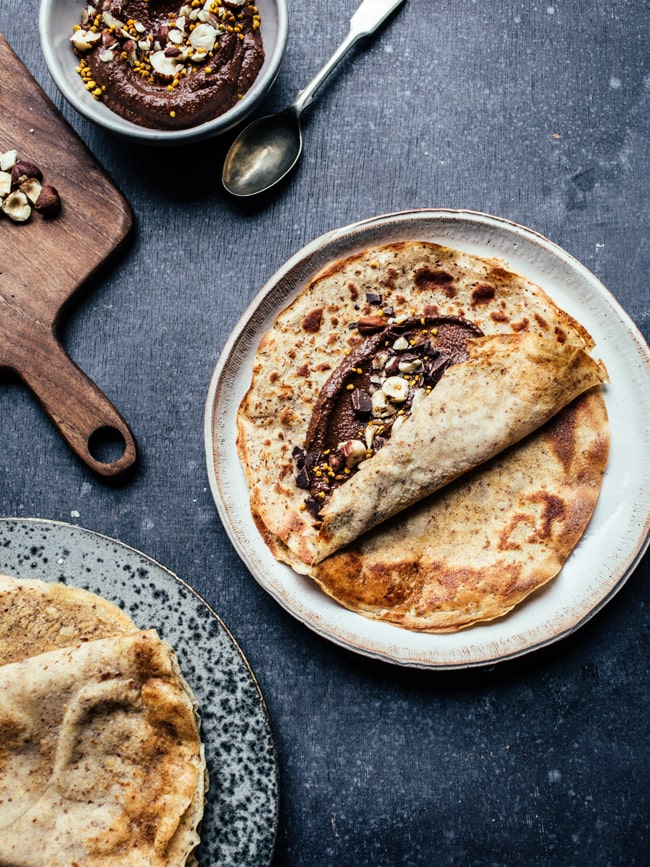 Chocolate-hazelnut crepes (gluten free, vegan, no refined sugar)-5