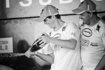 Marcelinho e Weidner são campeões na Mitsubishi Cup