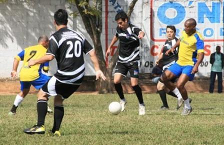Campeonato Interno da Prefeitura: semifinais têm 15 gols