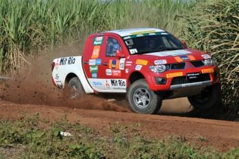 Piloto Marcelo Mendes perto do título antecipado da Mitsubishi Cup