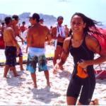 Ângela Macedo na chegada à Praia do Pepê (Foto: Arquivo pessoal)