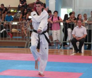 Taekwondo: Igor brilhou em competição disputada no Rio de Janeiro