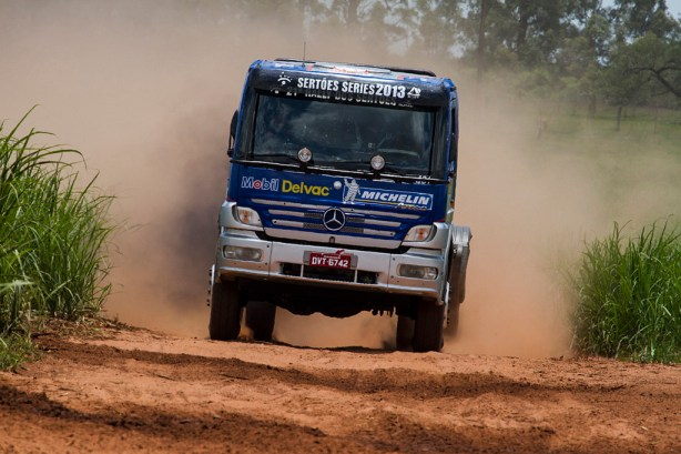 Campeonato Brasileiro de Rally Cross Country recomeça em março de 2014. (Foto: Luciano Santos)