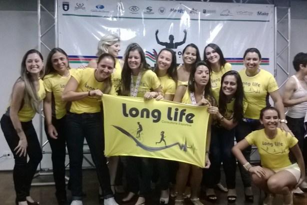 Equipe Long Life, terceira colocada no geral feminino. (Foto: Toque de Bola)