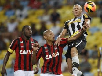 Fogo e Atlético jogam por vaga na fase de grupos da Libertadores