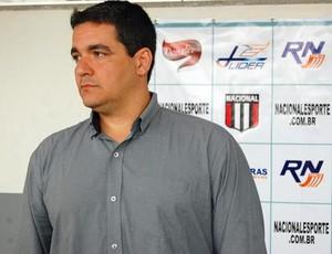 Tuca Guimarães estava no Nacional de Muriaé desde meados de outubro da temporada passada (Foto: Assessoria do Nacional-MG)