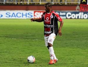 Kim marcou apenas um gol em 13 partidas pelo Joinville em 2013 (Foto: Joinville/Divulgação)