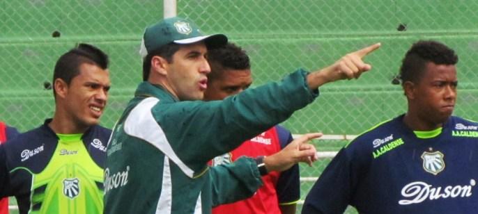 Leo Condé, treinador da Caldense