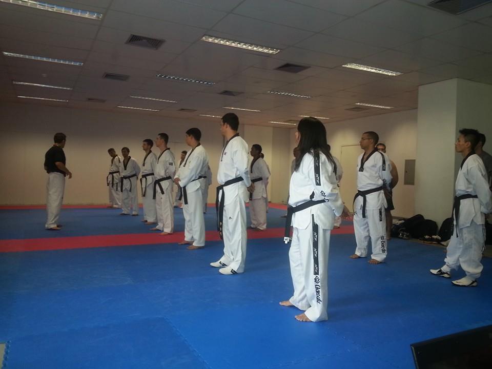 Treinadores de renome no Brasil participaram de aula de taekwondo