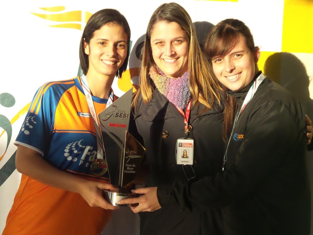 Cristiane Braga e Edilaine Almeida: Persianas Fastlux em primeiro no tênis de mesa feminino dos Jogos Sesi JF 2014