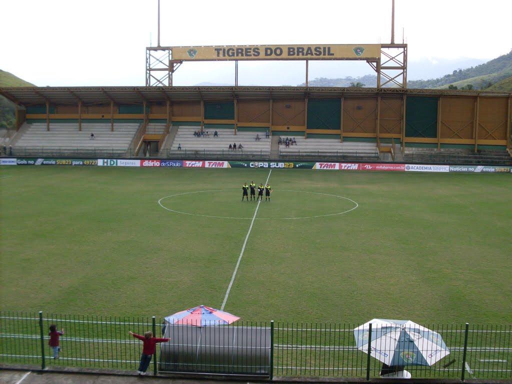 Estádio Los Larios foi palco da partida entre Duque de Caxias e Tupi