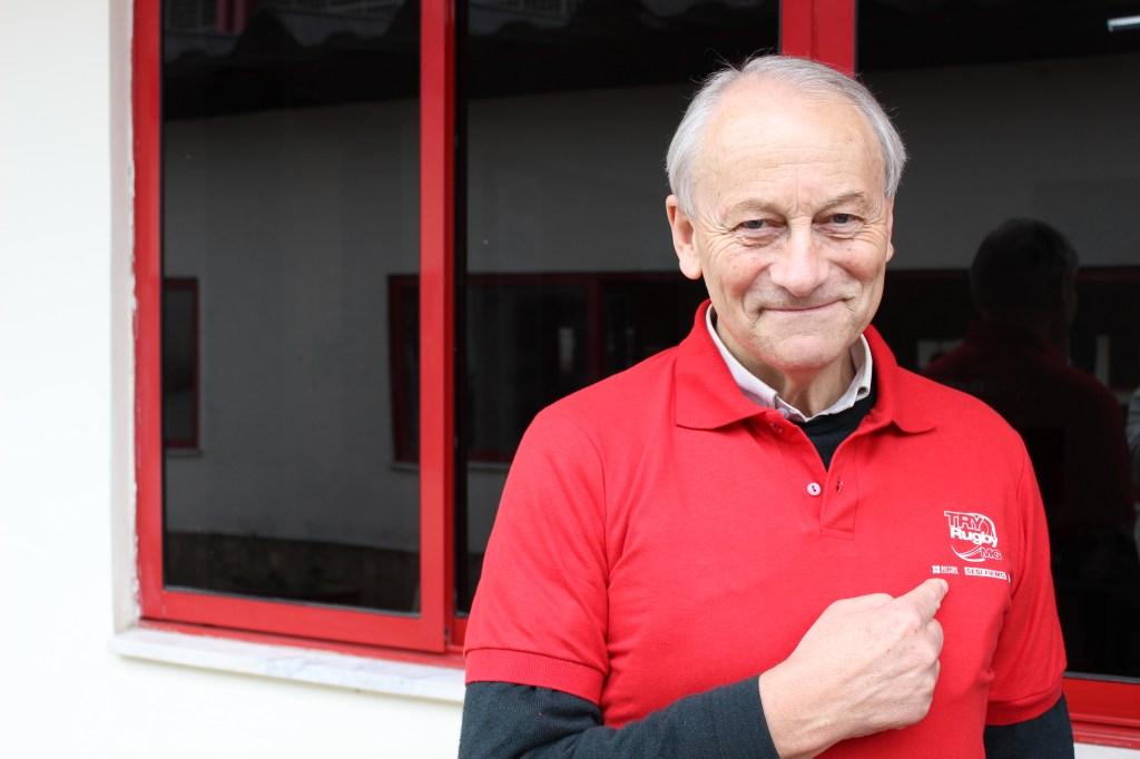 O australiano Paulo Nicoll fez questão de ir à Escola de Esportes do Sesi para parabenizar a iniciativa do Try Rugby