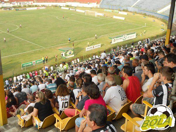 """Jogo de volta entre Tupi e Paysandu no """"mata-mata do sobe"""" está marcado para 25 de outubro, no Estádio Municipal Radialista Mário Helênio"""