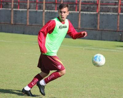 O juiz-forano Vitinho teve ótima passagem pelo Tupi e possui carinho pelo clube
