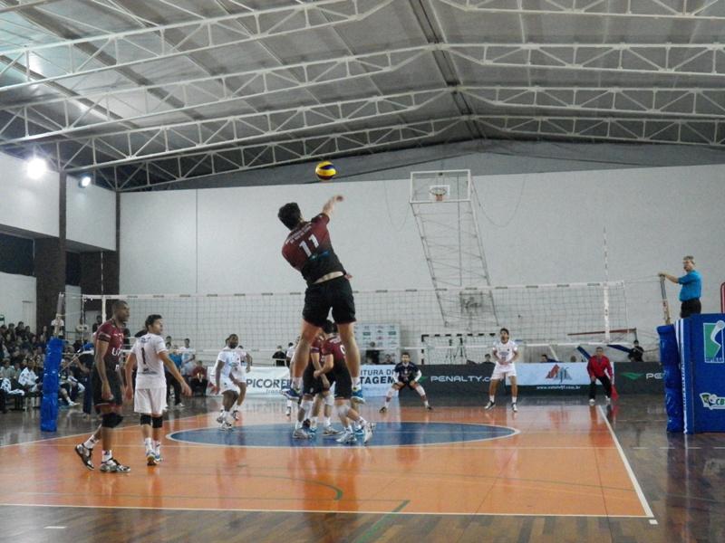 UFJF começa principal competição de vôlei do país em busca de vaga nos playoffs