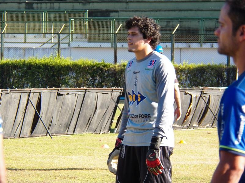 Rodrigo já defendeu dois pênaltis no campeonato