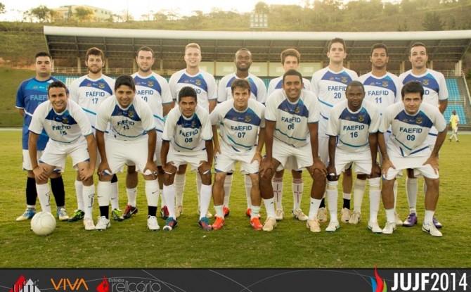 Educação Física: campeã no futebol de campo nos JUJF 2014